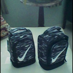 Insulated Nike bag new w tags